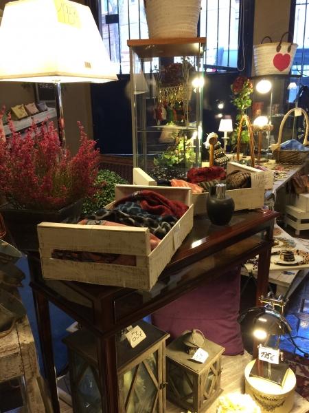Bisuteria y regalos originales madrid - Muebles originales madrid ...