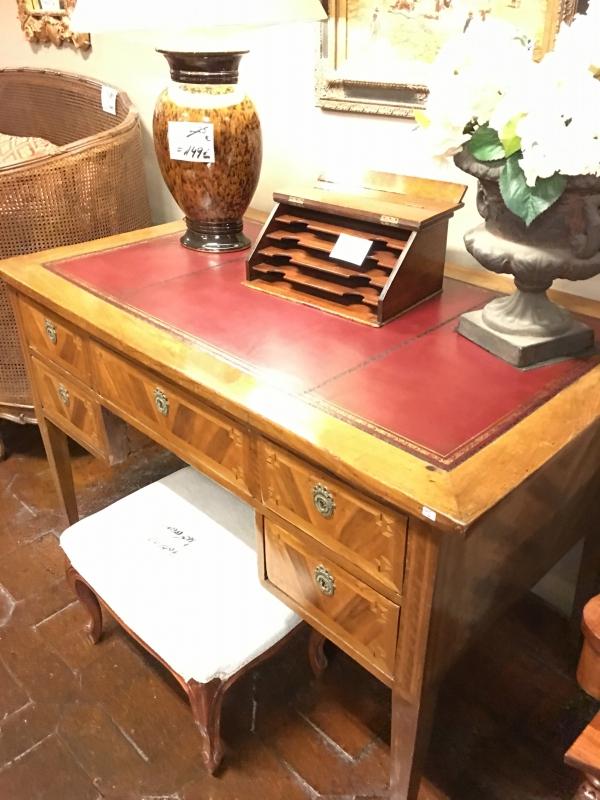Mesas de despacho for Mesas de despacho