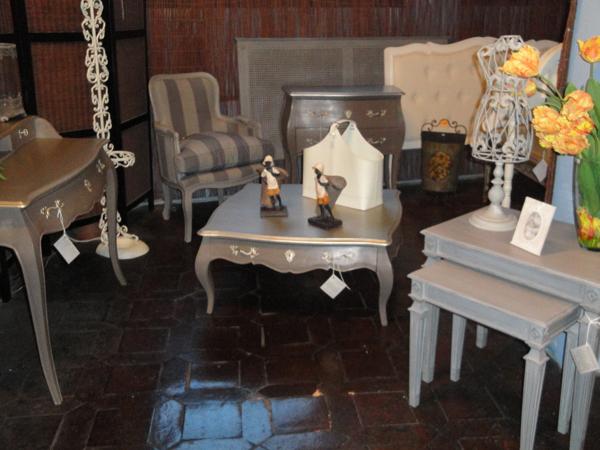 Mercadillo de muebles antiguos 2012 madrid - Mercadillo de muebles ...