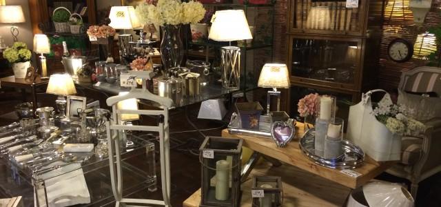 Mesas de comedor clasicas tienda de muebles antiguos - Muebles tuco madrid ...