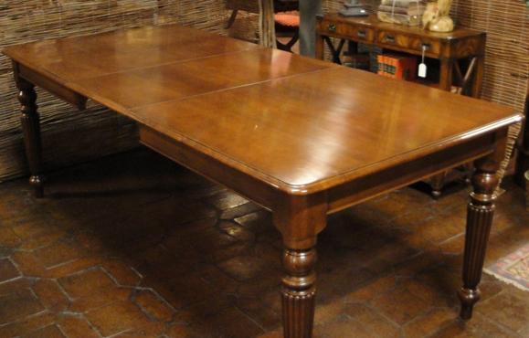 Comprar muebles antiguos y antig edades en madrid - Mesas redondas de comedor antiguas ...