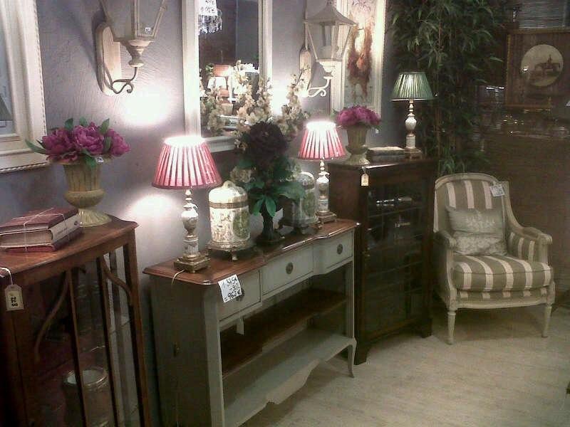mercadillo liquidacion de muebles antiguos en madrid